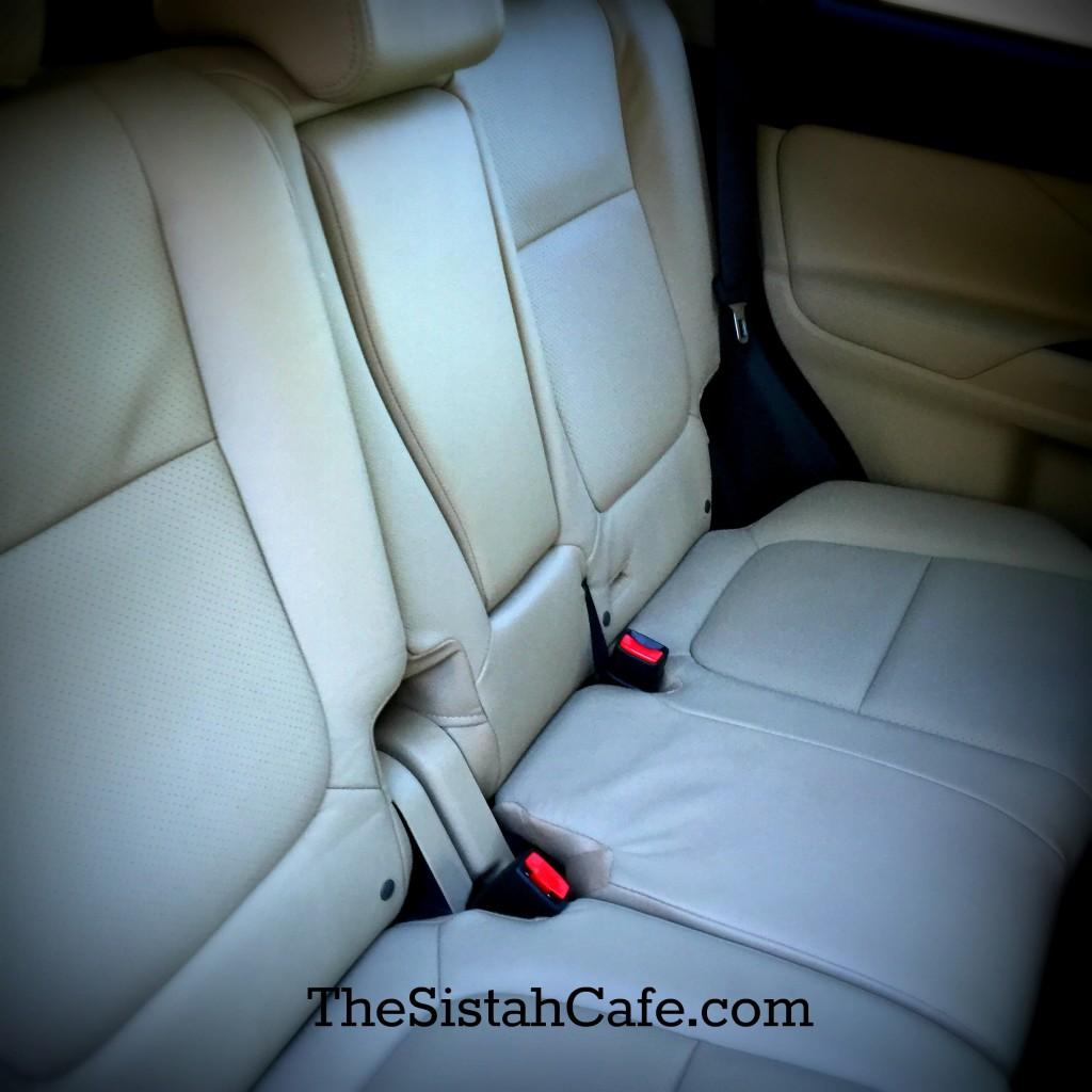 mitsubishi-outlander-seating-surface